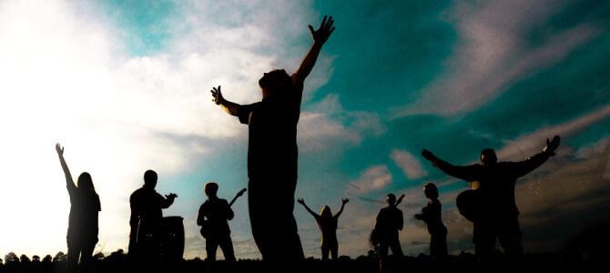 Čo sú chvály? (Božia prítomnosť)